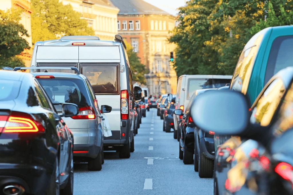 lalu lintas yang bersih karena tidak ada polusi udara