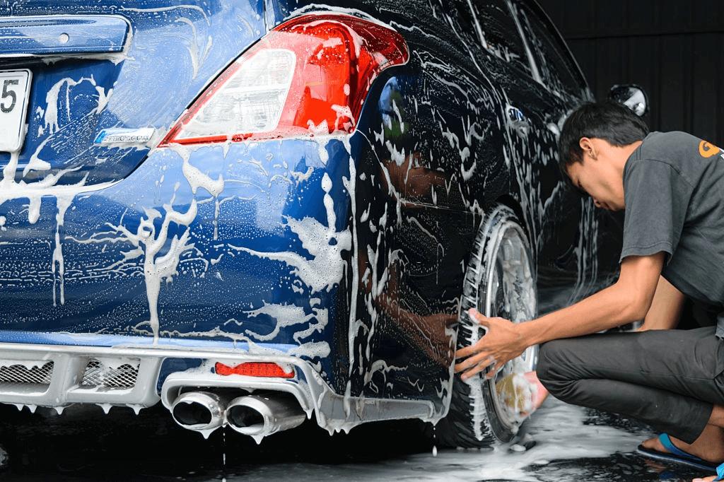 cuci mobil secara mandiri
