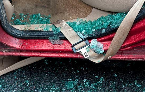 sabuk pengaman dapat menghindari Anda dari resiko kecelakaan